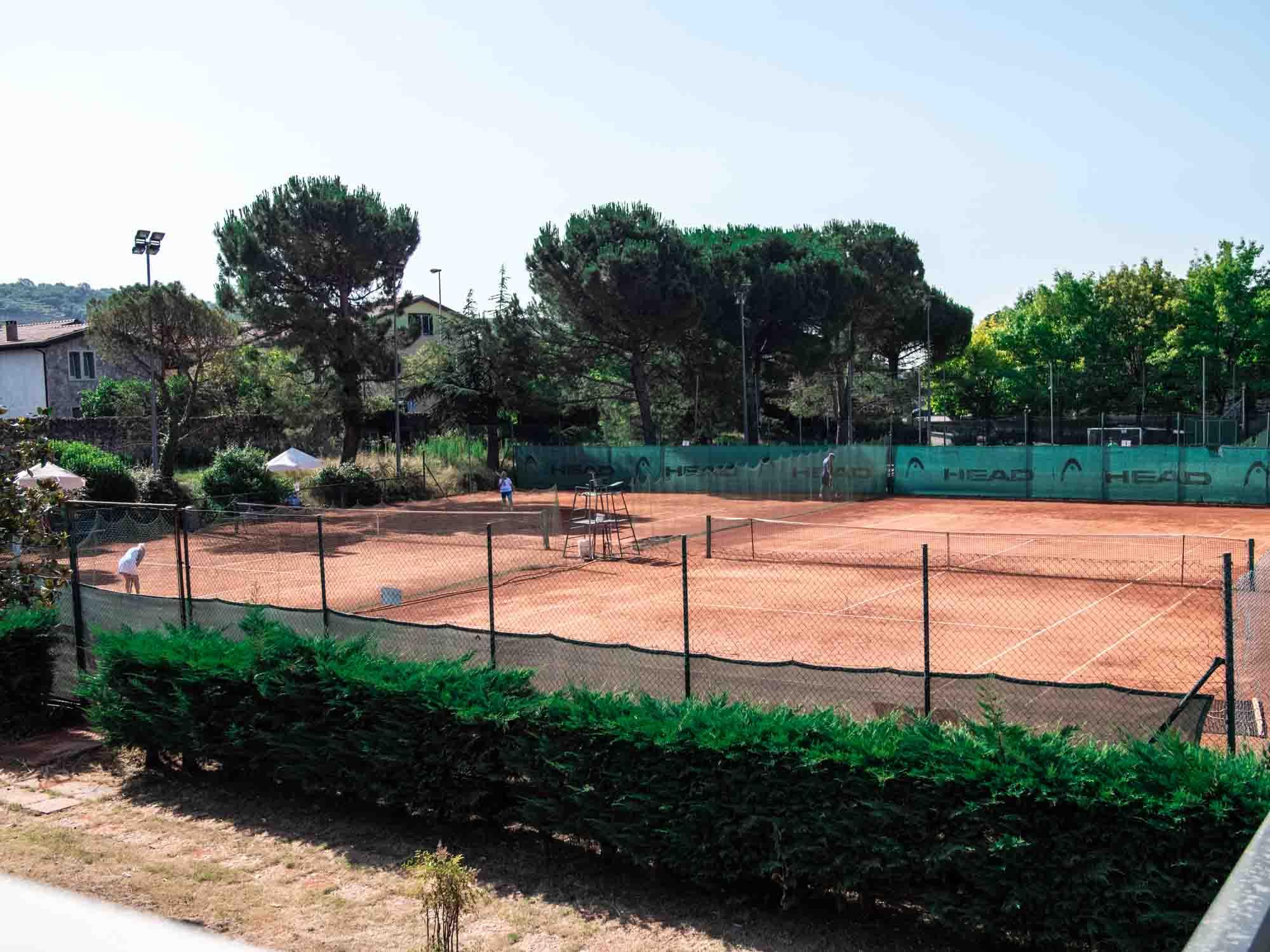 Daniel Panajotti tennis campo